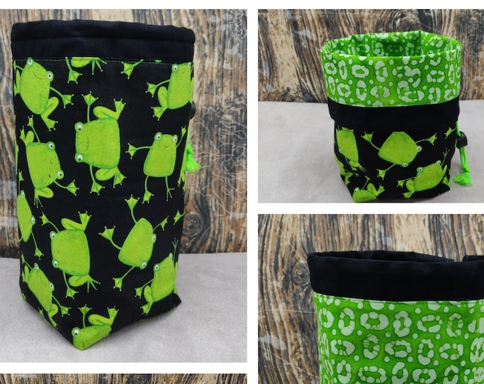 Frog themed Project bag Twofer, reversible pouch for knitters or crocheters, fully lined with a drawstring.