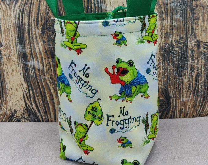 Frog 'No Frogging' Sock Knitting Bucket, project bag for 1-4 skeins of yarn, lined with a drawstring closure and handles
