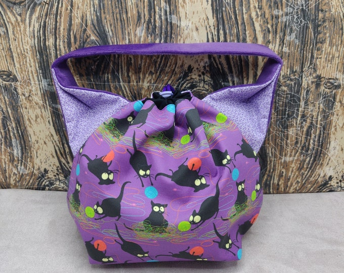 Cat Ears Project bag for knitters,  closes with a drawstring and is fully lined