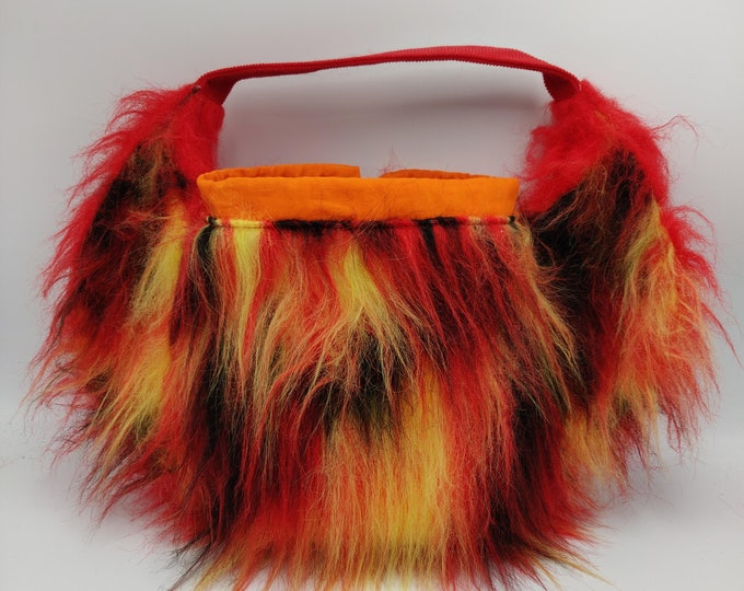 Project bag Fawkes the Phoenix as part of the fantastic beasts series, for knitters or crocheters, fully lined with a drawstring and handle