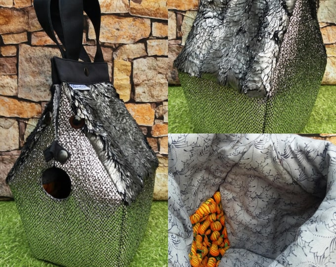 Buckbeak the Hippogriff, or is it a dragon, FiberSpecial 'Harry Potter' Birdhouse shaped project bag for knitting or crochet