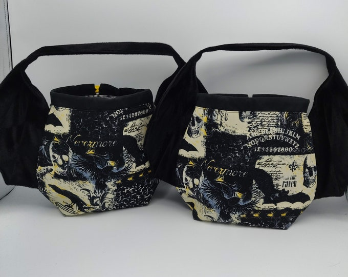 Gothic Batwing bag, variation on the earsbag, drawstring bag for knitting, crochet or anything you like