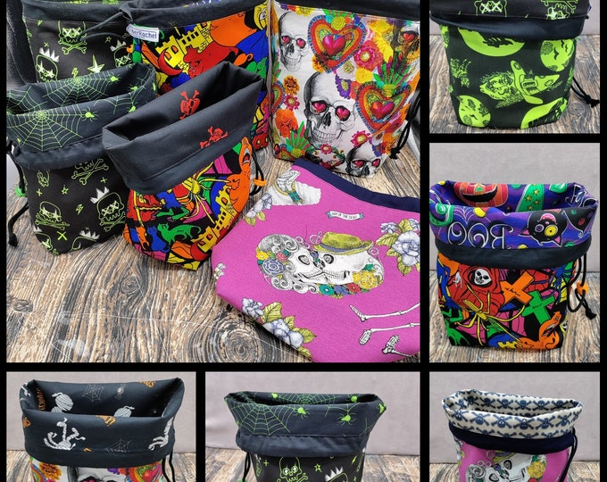 MEDIUM Twofer Halloween, reversible Project bag , reversible pouch for knitters or crocheters, fully lined with a drawstring.