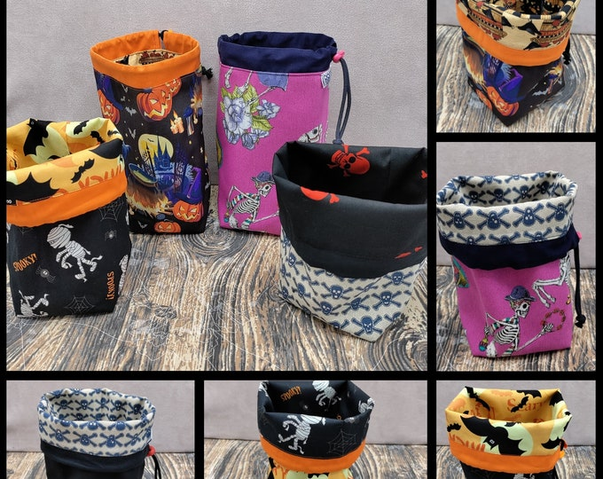 SMALL Twofer Halloween , reversible Project bag , reversible pouch for knitters or crocheters, fully lined with a drawstring.