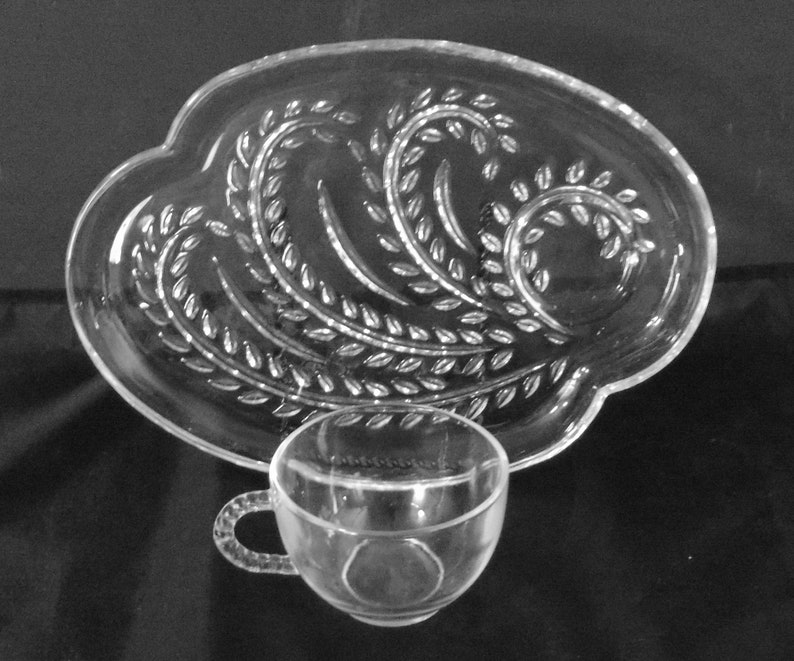 Exquisite Federal Glass Snack Set