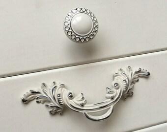 2.5 Shabby Chic Dresser Knobs Pulls Drawer Pull Handles | Etsy