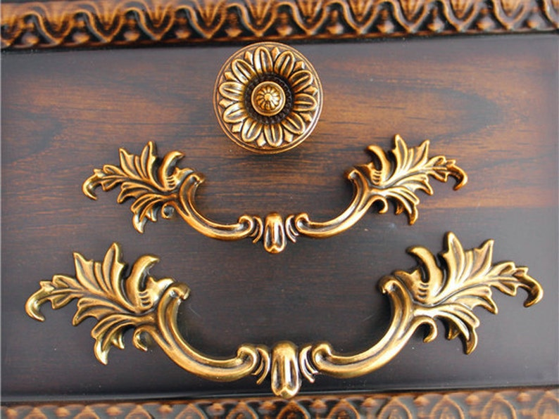 Drawer Pulls New Fashion Two Vintage Furniture Handles Pulls Knobs Decorative Knobs For Dresser Cabinet Cheapest Price From Our Site