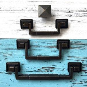 Amerock Chatsworth #737 Brass Vertical Cabinet Door Drawer Pull Handles Set of 5