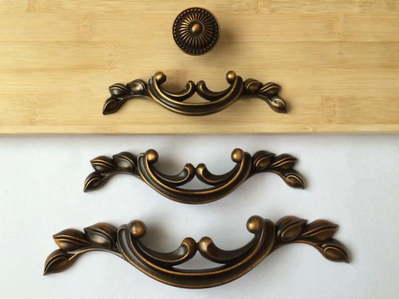 2.5 3.75 5 Dresser Pulls Drawer Pull Handles Antique Brass Kitchen Cabinet Handles Pulls Knobs Door Handle Vintage Hardware 64 96 128 mm