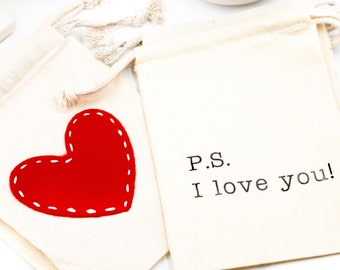 "Muslin Gift Bags, 5"" x 7"", Thick, Printed, Felt, Heart Theme, Muslin Bags, Gift Bag, Co-Worker Gift, Sister Gift, I Love You Gift"