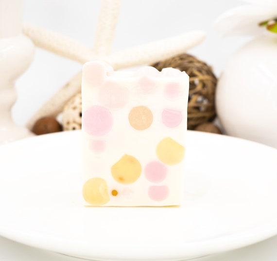 PINK CHAMPAGNE Bubble Ball Soap Bar | 4oz | Soft Citrus Vanilla Scent