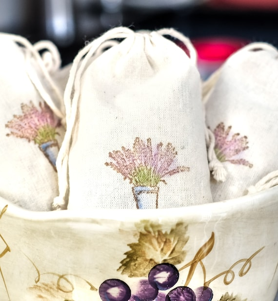 Lavender Sachet in Muslin Drawstring Bag | Closet - Dresser Drawer - Shelf