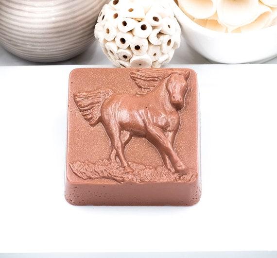RUNNING FREE HORSE Design Soap Bar , 4oz , Lavender Peppermint, Horse Lover Gift, Horse Gift for Girl, Horse Lover, Horse Theme Party Favor