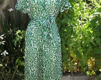 1970's Green & White Dress AU Size 12