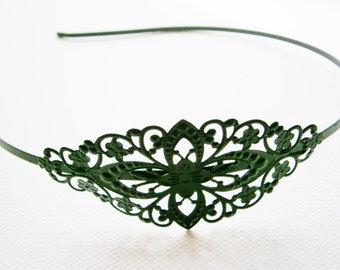 1 Black Enamel Headband with Filigree Flower 78x35mm Pad.