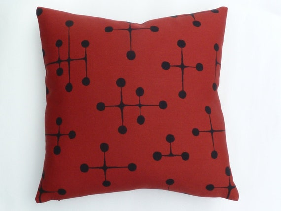 Maharam pillow Eames Large Dots pattern