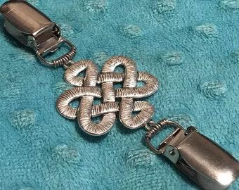 c1982c70f8cbf0 Celtic knot Cinch Clip ~ sweater clip ~ Carly Accessory clasp ~ cardigan  clips ~Tunic Fit Clip ~ shawl clip ~ poncho buckle ~ dress clasp