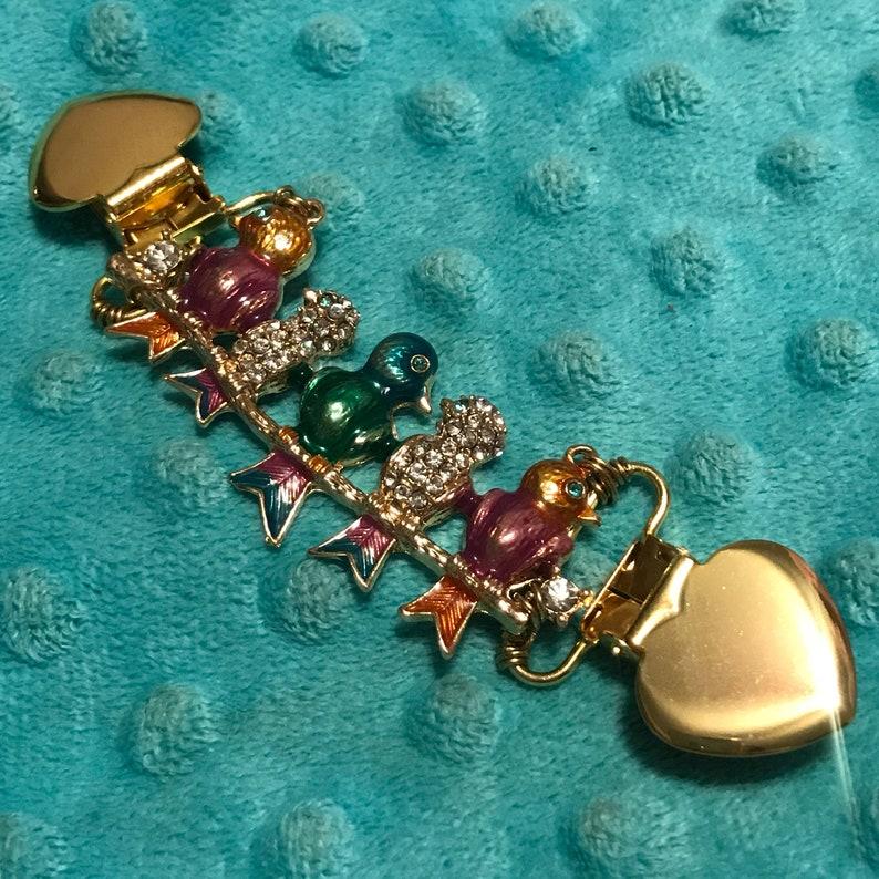 7d2373fc3d47f1 Gold Bird Dress Cinch Clip love bird family sweater clip | Etsy