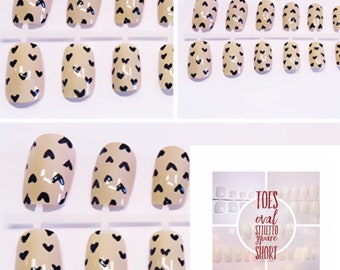 False nails | Small Heart Print | By Lilly Rose