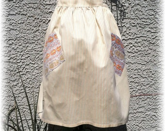 YELLOW APRON - SIZE 12 and under