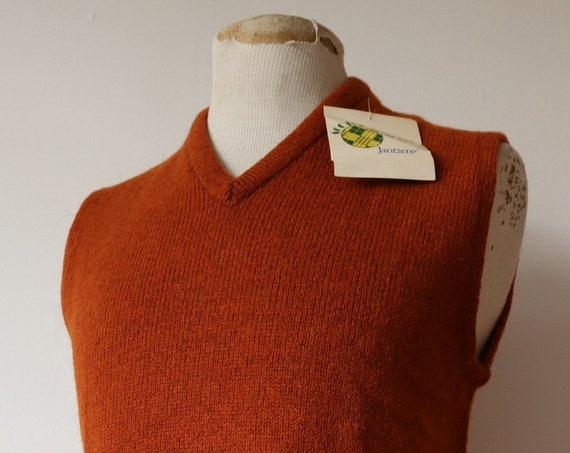 "Vintage 1970s 70s Jantzen deadstock rust orange wool sleeveless jumper sweater vest tank top made in USA mod 38"" chest"