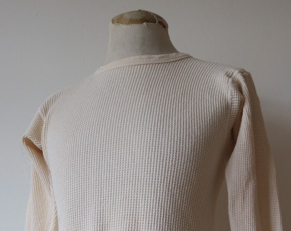 "Vintage 1970s 70s white waffle thermal undershirt shirt top unisex long sleeved underwear 36"" 38"" 40"" chest workwear work chore J E Morgan"