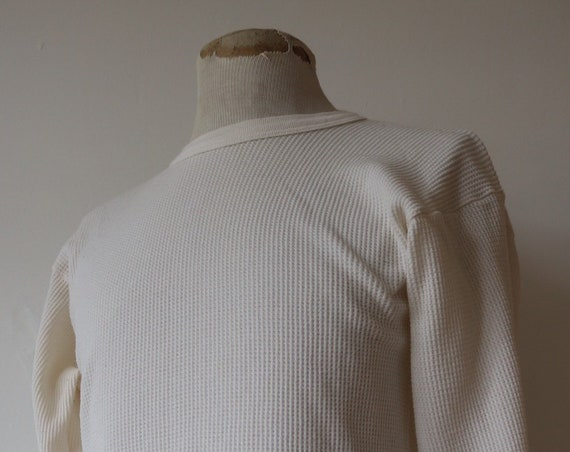 "Vintage 1970s 70s white waffle thermal undershirt shirt top unisex long sleeved underwear 38"" 40"" chest workwear work chore"