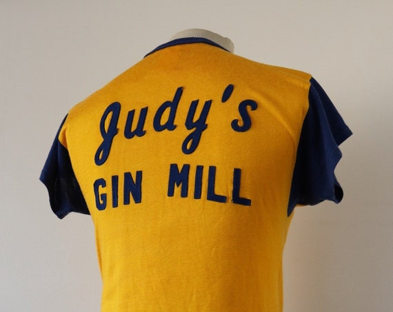 "Vintage 1960s 60s Empire yellow Blue Judy's Gin Mill durene sports top t shirt 35"" chest sportswear Union Made"