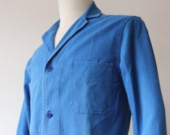 "Vintage 1970s 70s french blue cotton twill back belt long work chore jacket workwear factory duster coat 40"" chest bleu de travail atelier"