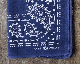 Vintage 1930s 30s 1940s 40s indigo blue Elephant brand bandana workwear colour color fast trunk down paisley pocket square