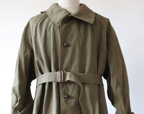 "Vintage 1940s 40s french khaki green army military cotton canvas motorcycle overcoat belted raincoat 58"" chest"