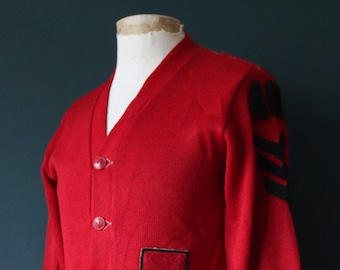 Vintage 1940s 40s American USA red wool knitted varsity Ivy League style rockabilly mod A chenille patch jumper sweater cardigan knitwear