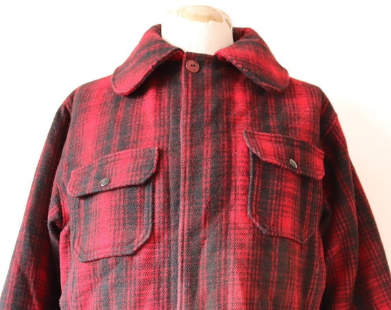 """Vintage 1980s 80s Woolrich red black buffalo plaid checked wool hunting shooting jacket rockabilly 48"""" chest chin strap"""