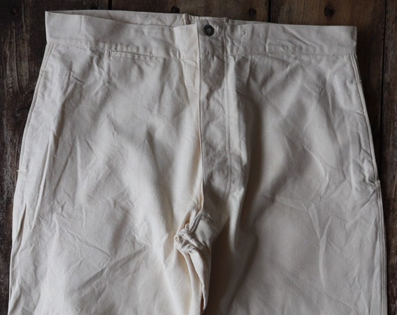 """Vintage 1940s 40s WW2 era deadstock french white cotton ecru twill buckle cinch back trousers pants 35"""" 36"""" 37"""" x 30"""" army military hospital"""