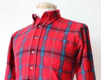 """Vintage 1980s 80s Pendleton red blue green plaid checked wool shirt button down collar  38"""" chest Ivy League style"""