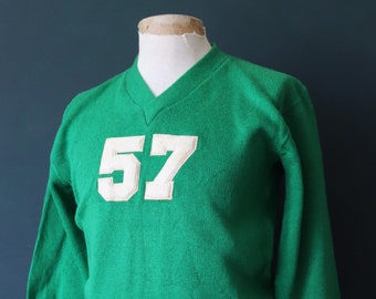 Vintage 1950s 50s American USA green wool knitted varsity Ivy League style rockabilly mod chenille patch jumper sweater cardigan knitwear