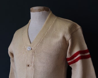 Vintage 1960s 60s American USA cream wool knitted varsity Ivy League style rockabilly mod chenille patch jumper sweater cardigan knitwear