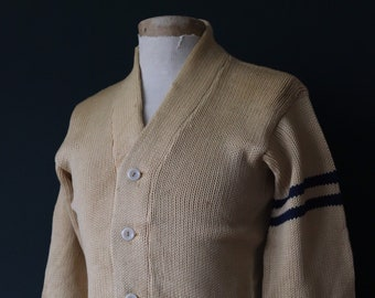 Vintage 1960s 60s American USA cream wool knitted varsity Ivy League style rockabilly mod O chenille patch jumper sweater cardigan knitwear