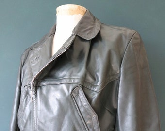 "Vintage 1950s 50s German dark green horsehide leather jacket biker motorcycle belted blouse 44"" chest"