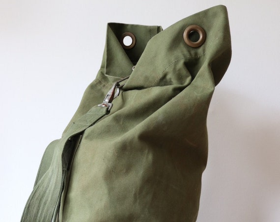 Vintage 1990s 90s cotton canvas British military kit duffle duffel bag camping gear