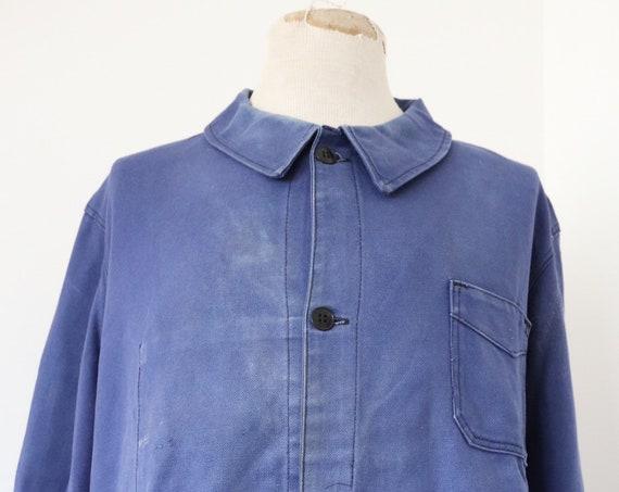 "Vintage 1970s 70s french cotton twill faded indigo blue bleu de travail chore work jacket 48"" chest workwear"