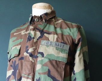 """Vintage 1990s 90s US Navy USN camo camouflage woodland field shirt jacket 43"""" chest miltary (2)"""