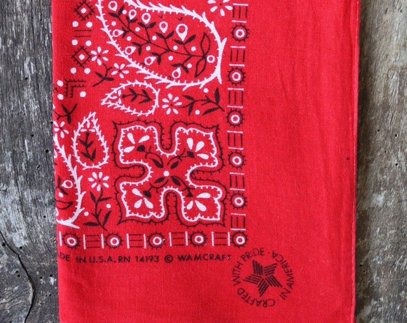 """Vintage turkey red cotton bandana western rockabilly pocket square colour color fast RN14193 Wamcraft made in USA 19"""" x 20"""""""