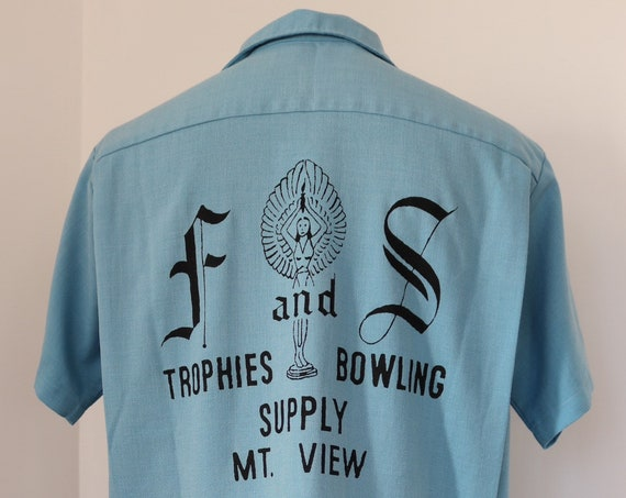 """Vintage 1950s 50s 1960s 60s Mr Mort's sky blue bowling shirt 48"""" chest rockabilly Americana Davy made in USA"""