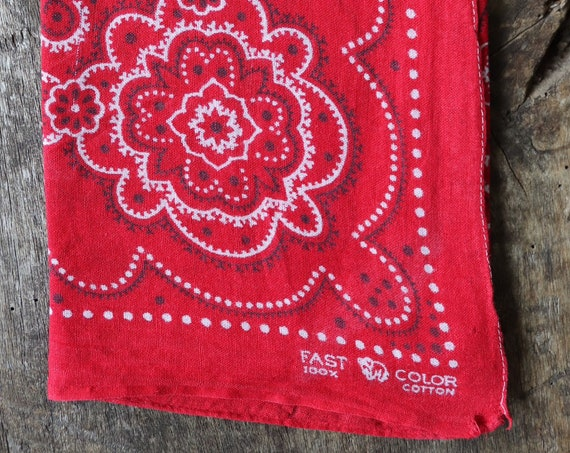 Vintage 1940s 40s trunk down Elephant brand cotton colourfast colorfast turkey red bandana pocket square neckerchief floral rockabilly
