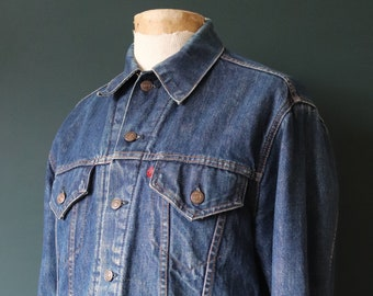 "Vintage 1980s 80s Levi Strauss Levis blanket lined denim jacket trucker type 3 workwear work chore 45"" chest indigo blue red tab small e"