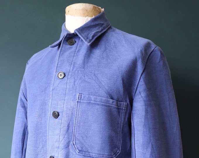 "Featured listing image: Vintage 1960s 60s french blue bleu de travail moleskin work jacket workwear chore 46"" chest indigo"