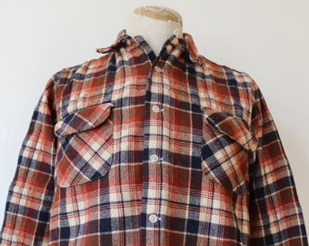 """Vintage 1970s 70s rust cream navy blue Pendleton plaid checked wool board shirt 44"""" chest rockabilly loop collar made in USA"""