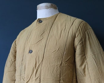 """Vintage 1960s 60s mustard gold yellow Czech army tank liner quilted padded jacket military 46"""" chest work workwear chore"""