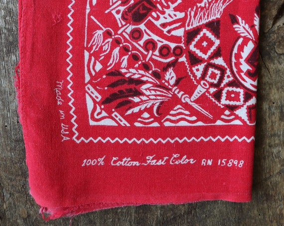 Vintage 1950s 50s turkey red cotton bandana western cowboy rockabilly pocket square color fast paisley Native American RN 15898